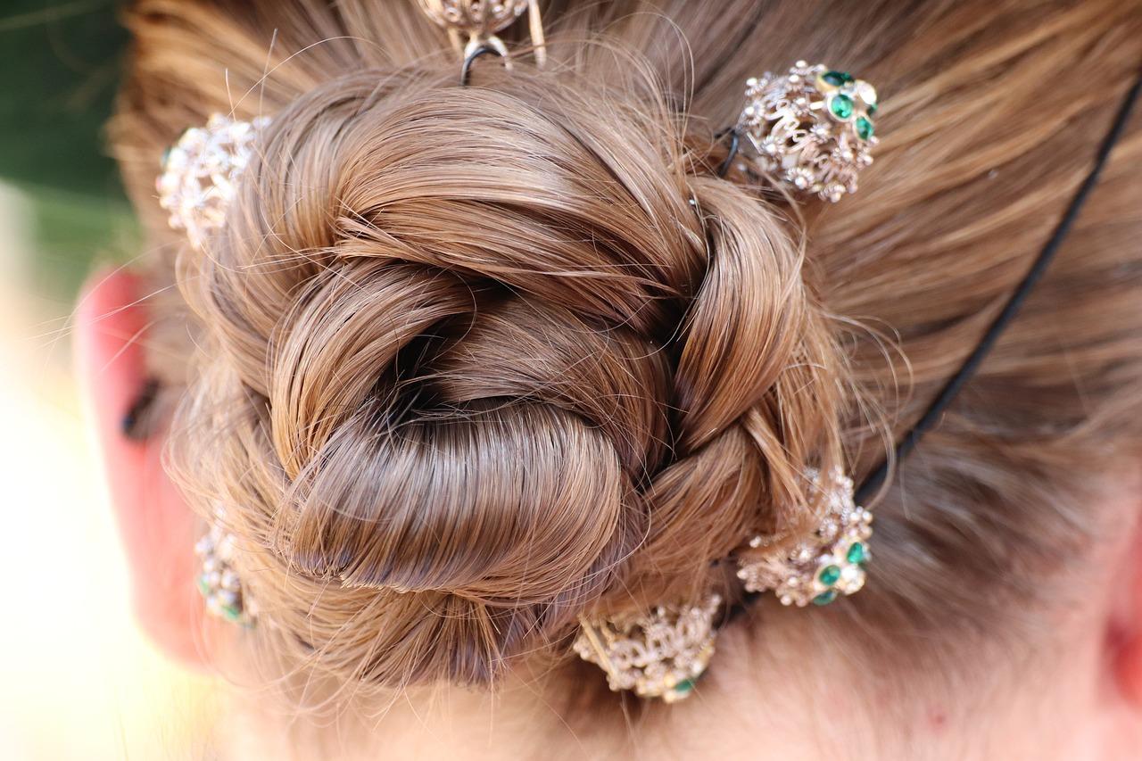 Ozdoby do włosów spinki